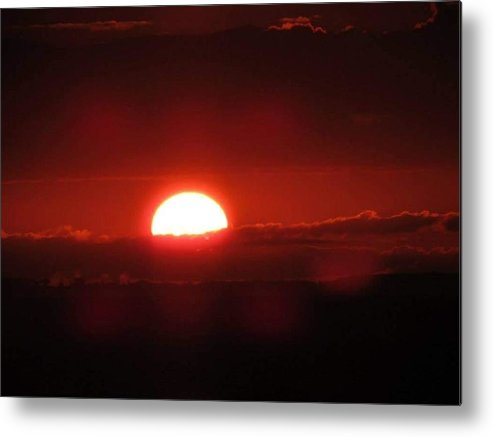 Coastal Shoreline Metal Print featuring the photograph Floating Sunrise by Christy Witschie