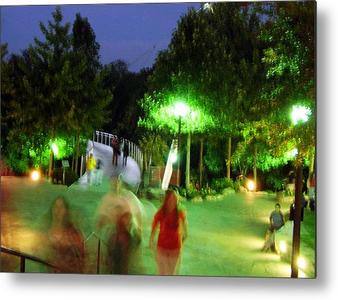 Falls Park Metal Print featuring the photograph Greenville At Night by Flavia Westerwelle