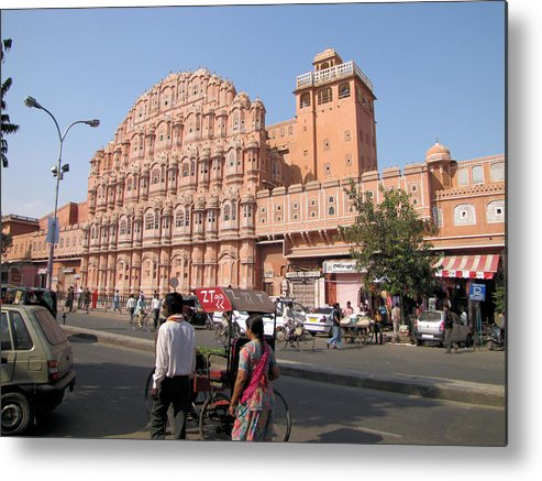 Hawa Mahal Metal Print featuring the photograph Hawa Mahal by Elbert Shackelford