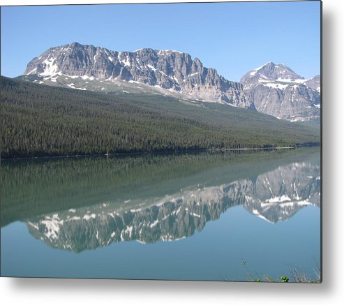 Glacier Metal Print featuring the photograph Lake Sherbourne by Tammy Crawford
