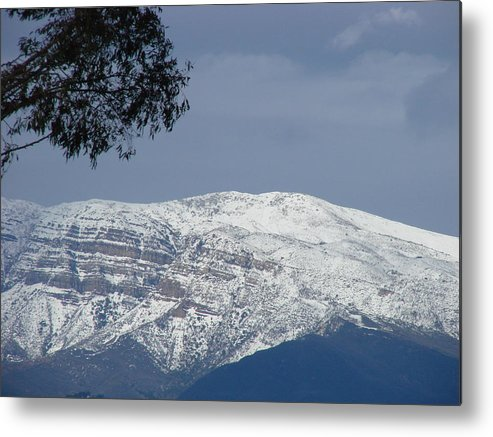 Landscape Metal Print featuring the photograph Majestic Topa Topas by Liz Vernand