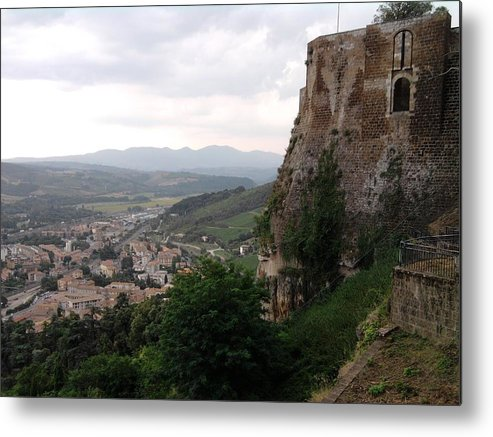 Country Metal Print featuring the photograph Orvieto Italy by Annalisa Puccinelli
