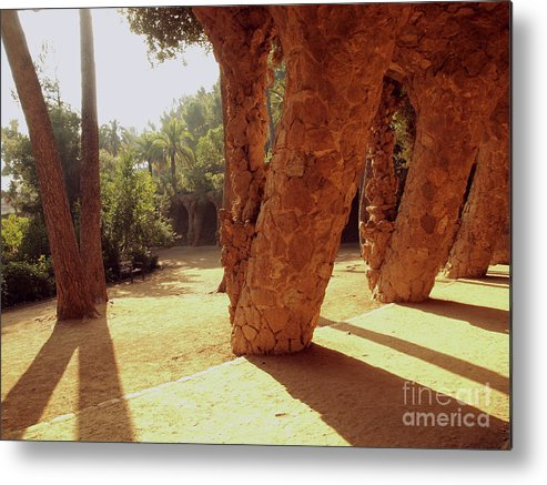 Pack Guell Metal Print featuring the photograph Parck Guell O Sol Entre As Colunas by Rodrigo Brasil