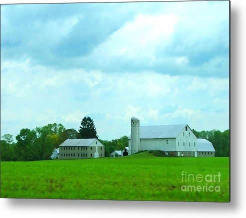 Landscape Metal Print featuring the photograph Pennsylvania Barn by Judy Waller