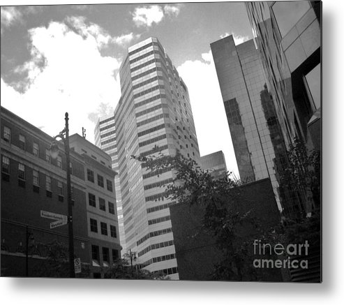 Montreal Metal Print featuring the photograph Photos Of Montreal Mansfield St by Reb Frost