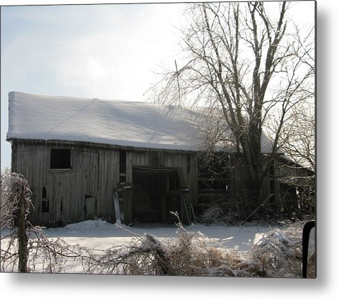 Landscape Metal Print featuring the photograph Rustic Old Barn by Martie DAndrea