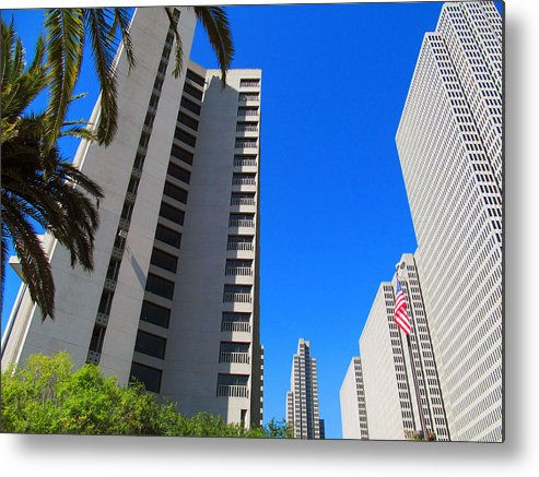 Union Square Metal Print featuring the photograph San Francisco Highrise by Tina M Wenger
