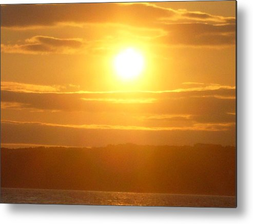 Sunet Metal Print featuring the photograph Sunset On The Horizon 5 by Sharon Stacey