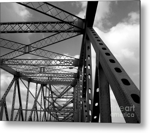 Tz Metal Print featuring the photograph The Tz by Kenneth Hess