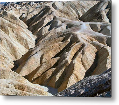 Nature Metal Print featuring the photograph Zabriskie Point by William Thomas
