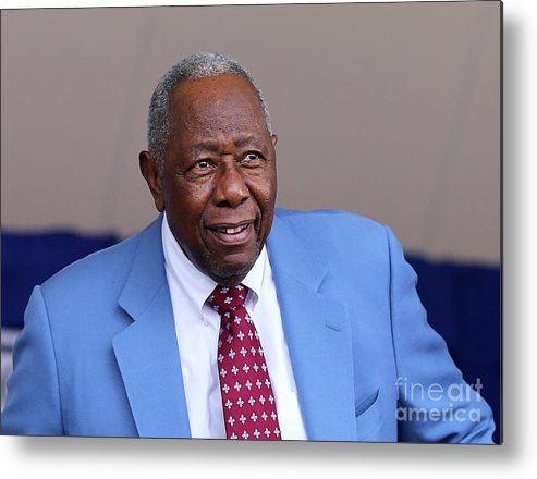 People Metal Print featuring the photograph Hank Aaron by Elsa