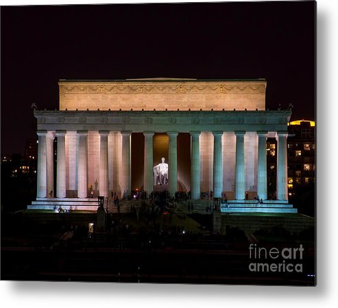 Lincoln Metal Print featuring the photograph Lincoln Memorial At Night by Nick Zelinsky