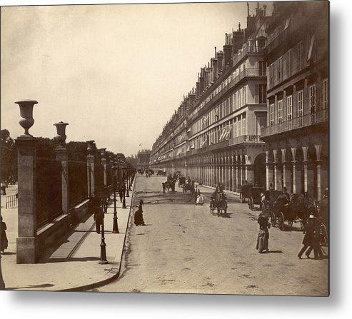 1900 Metal Print featuring the photograph Paris: Rue De Rivoli, C1900 by Granger