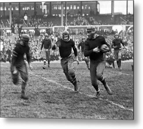 1920s Metal Print featuring the photograph 1923 Ny Giants Pro Game by Underwood Archives