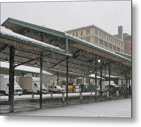 Snowing Metal Print featuring the photograph Snowing by Janis Beauchamp