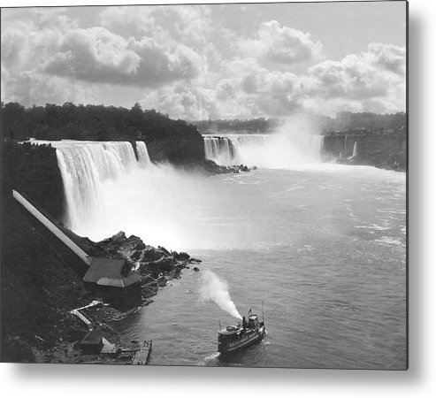 1890 Metal Print featuring the photograph Niagara Falls Maid Of The Mist by Underwood Archives