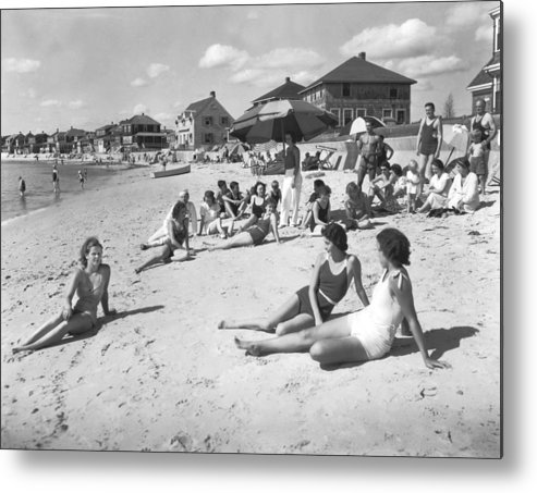 1929 Metal Print featuring the photograph Silver Beach On Cape Cod by Underwood Archives