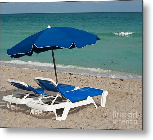Florida Metal Print featuring the photograph Beachtime by Barbara McMahon