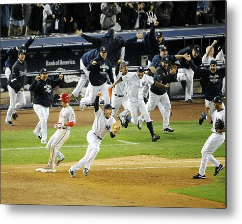 American League Baseball Metal Print featuring the photograph New York Yankees Mark Teixeira Makes by New York Daily News Archive