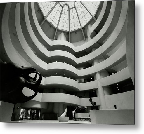 Frank Lloyd Wright Metal Print featuring the photograph The Guggenheim Museum In New York City by Eveyln Hofer