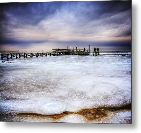Frozen Metal Print featuring the photograph Frozen Tundra Of Long Island by Vicki Jauron