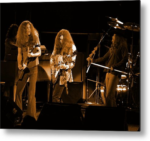 Lynyrd Skynyrd Metal Print featuring the photograph Ls Spo #21 In Amber by Ben Upham