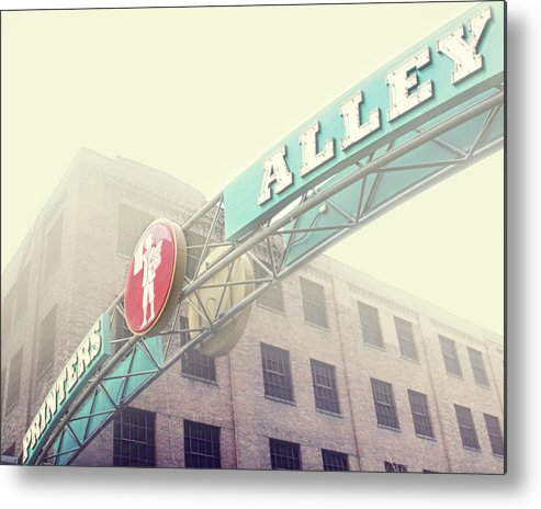 Nashville Metal Print featuring the photograph Printers Alley by Amy Tyler