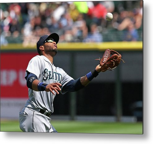 American League Baseball Metal Print featuring the photograph Seattle Mariners V Chicago White Sox by Jonathan Daniel