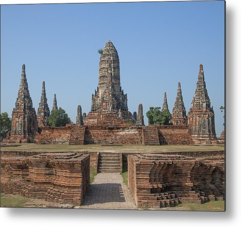 Scenic Metal Print featuring the photograph Wat Chaiwatthanaram From The East Dtha0187 by Gerry Gantt
