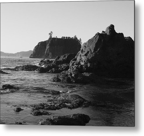 Sand Cliffs Metal Print featuring the photograph Olympic Peninsula by Sonja Anderson