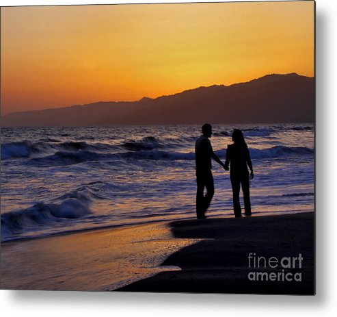 Santa Monica Metal Print featuring the photograph Sunset Couple by Kim Michaels