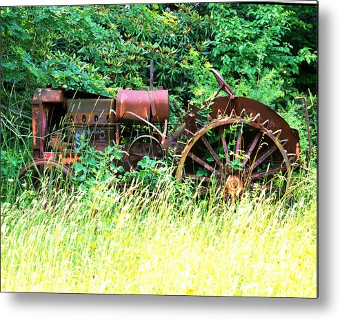 Tractor Metal Print featuring the photograph Tractor by Robert Ponzoni