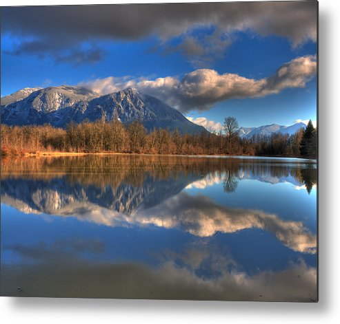 Mount Si Metal Print featuring the photograph Mount Si Reflection by Scott Massey