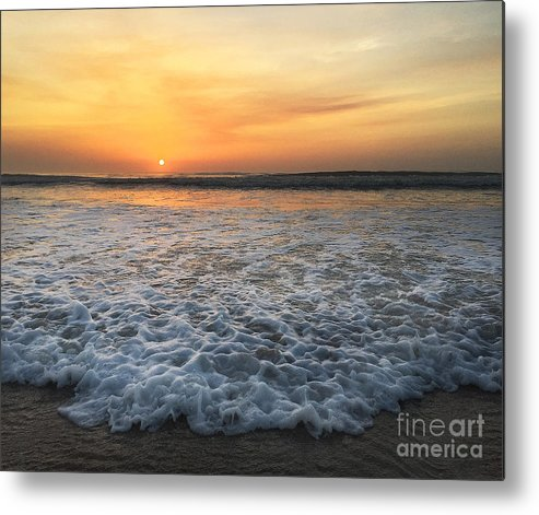 St. Augustine Metal Print featuring the photograph Moving In by LeeAnn Kendall
