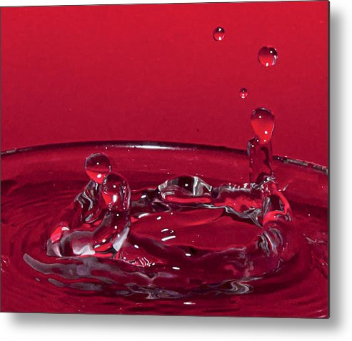 Water Drop Art Metal Print featuring the photograph Romance In Venice Water Drops by Kathryn Whitaker
