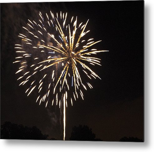 Cities Metal Print featuring the photograph Detroit Area Fireworks -4 by Paul Cannon