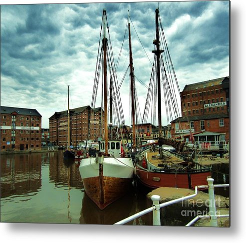 Docks Metal Print featuring the digital art Boats At Gloucester Docks by C Lythgo