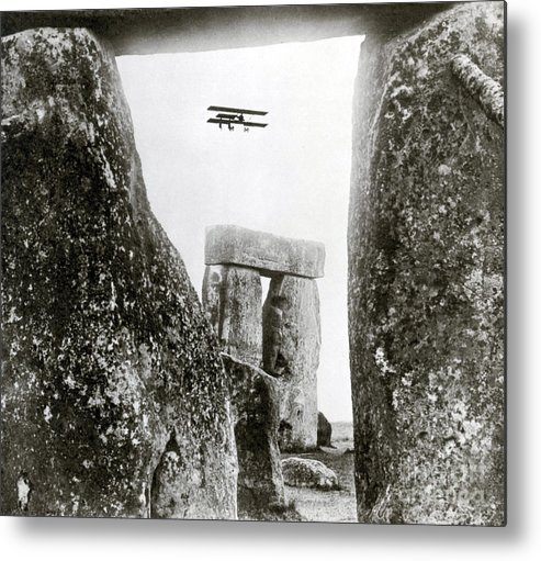 Archeology Metal Print featuring the photograph Stonehenge 1914 by Science Source