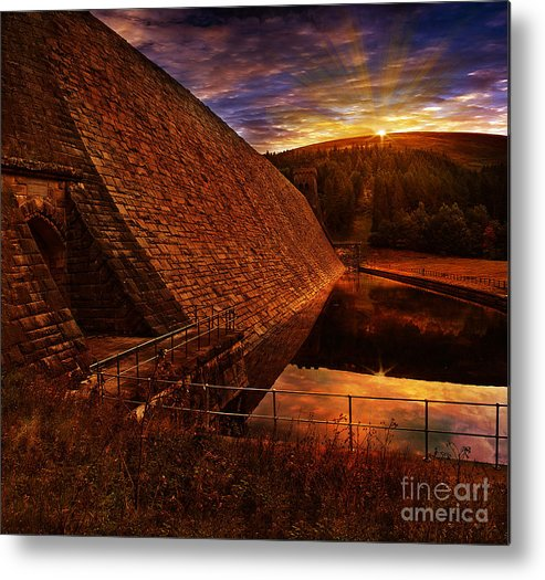 Derwent Dam Metal Print featuring the photograph Good Morning Derwent by Nigel Hatton