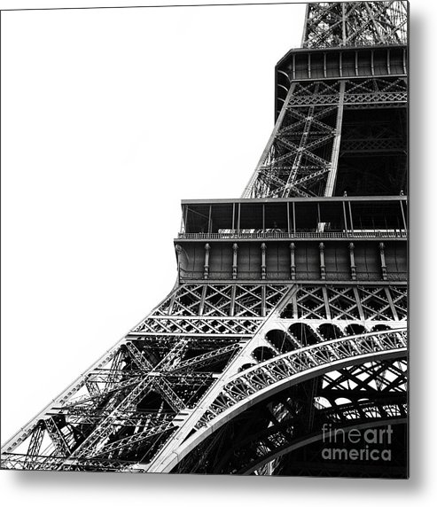 Eiffel Tower Metal Print featuring the photograph Eiffel Tower by Sergio Azenha