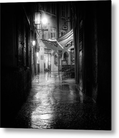 Bw Metal Print featuring the photograph Salzburg by Tanja Ghirardini