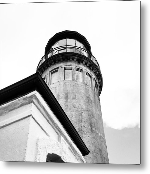 Black And White Metal Print featuring the photograph Lighthouse Photography by Melissa Hammock