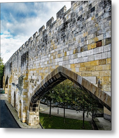 One Of The Large Arches Of The City Of York Ancient Defensive Walls. The City Of York In The County Of Yorkshire Metal Print featuring the photograph York City Roman Walls by Robert Gipson