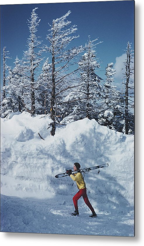 Skiing Metal Print featuring the photograph Skier In Vermont by Slim Aarons