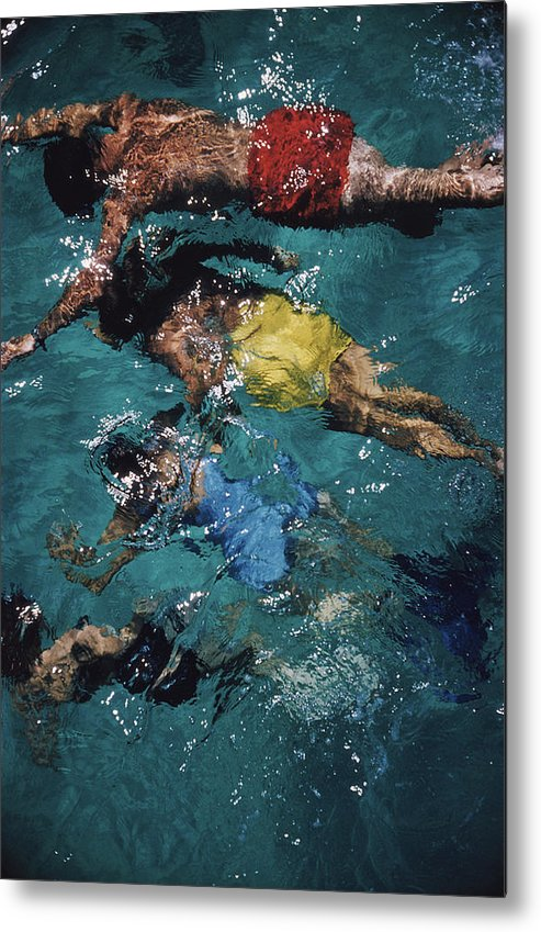 People Metal Print featuring the photograph Swimming In The Bahamas by Slim Aarons
