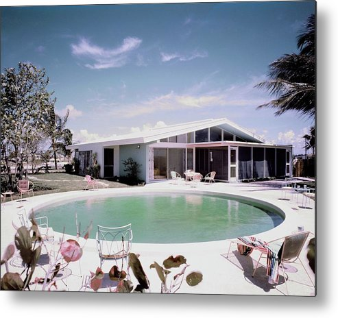 Miami Metal Print featuring the photograph A House In Miami by Tom Leonard