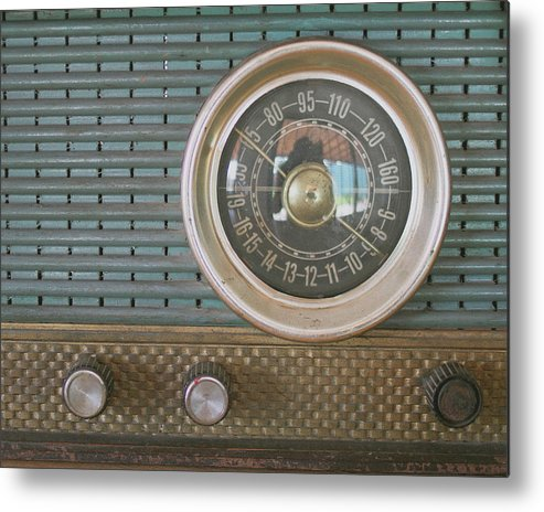 Music Metal Print featuring the photograph Old Radio by Carmen Moreno Photography