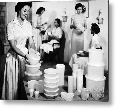 1950s Metal Print featuring the photograph TUPPERWARE PARTY, 1950s by Granger