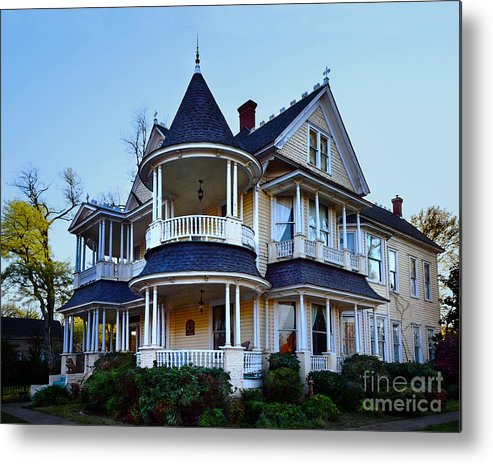Northcutt House In Longview Texas Metal Print By Catherine Sherman