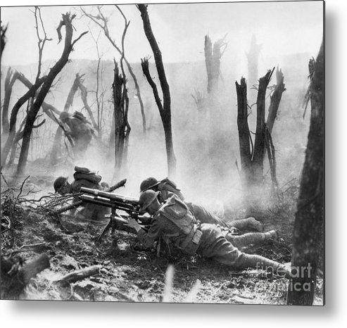 1918 Metal Print featuring the photograph World War I: Battlefield by Granger